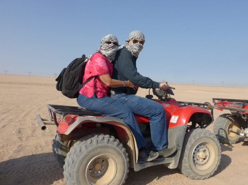 02 201412_31 Sahara Desert-Riding Quads