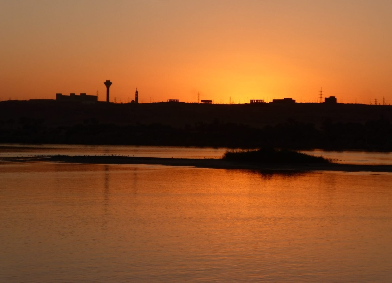 08 201412_26 Sunset on the Nile River