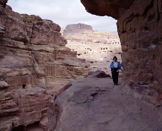 80_111306_Petra_View_from_Crusader_Fortress (2)